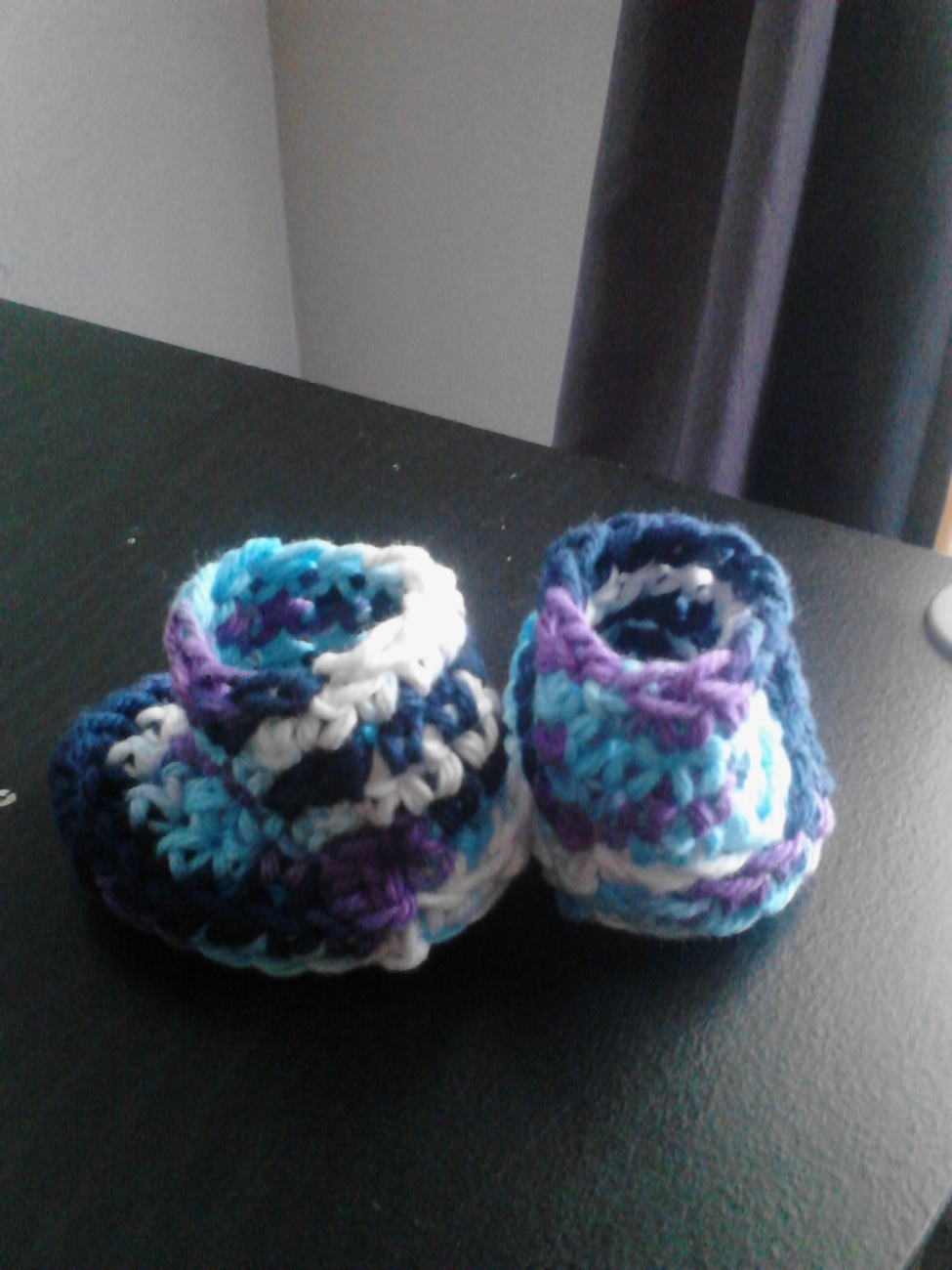 Crochet Baby Bib & Booties Set/Blue & Light Blue Mix