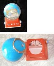 1964 New York World's Fair Snow Globe With Date Block Base - $22.99