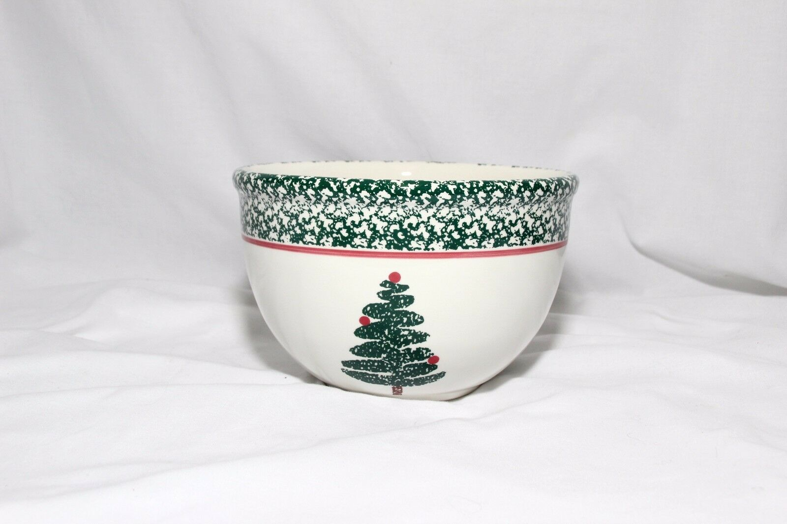 Primary image for Furio Christmas Tree Mixing Bowl 8-1/4 ""