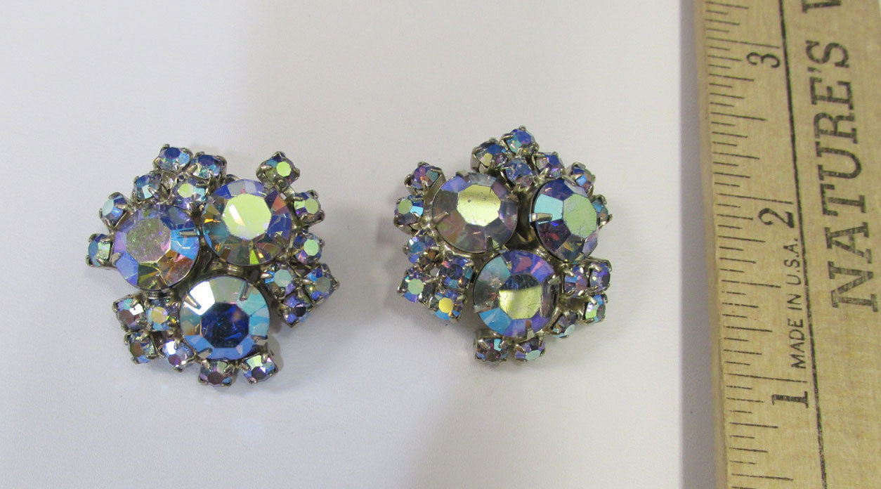 Primary image for Vintage Silver Tone Aurora Borealis Rhinestone Clip On Earrings Flower Jewelry