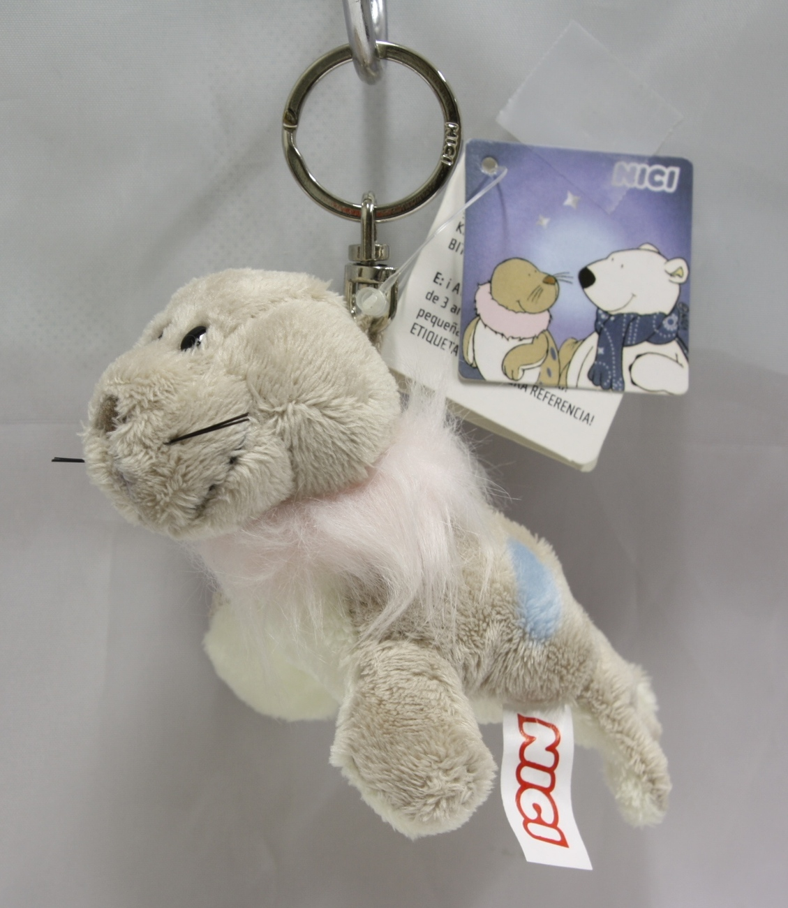 Keyring seal grey 01