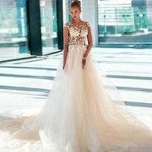 Beautiful Sheer Lace Appliques Wedding Dresses Soft Tulle Bridal Gowns Illusion