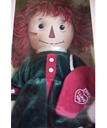 RAGGEDY ANN HOLIDAY KEEPSAKE DOLL BY APPLAUSE - $24.00