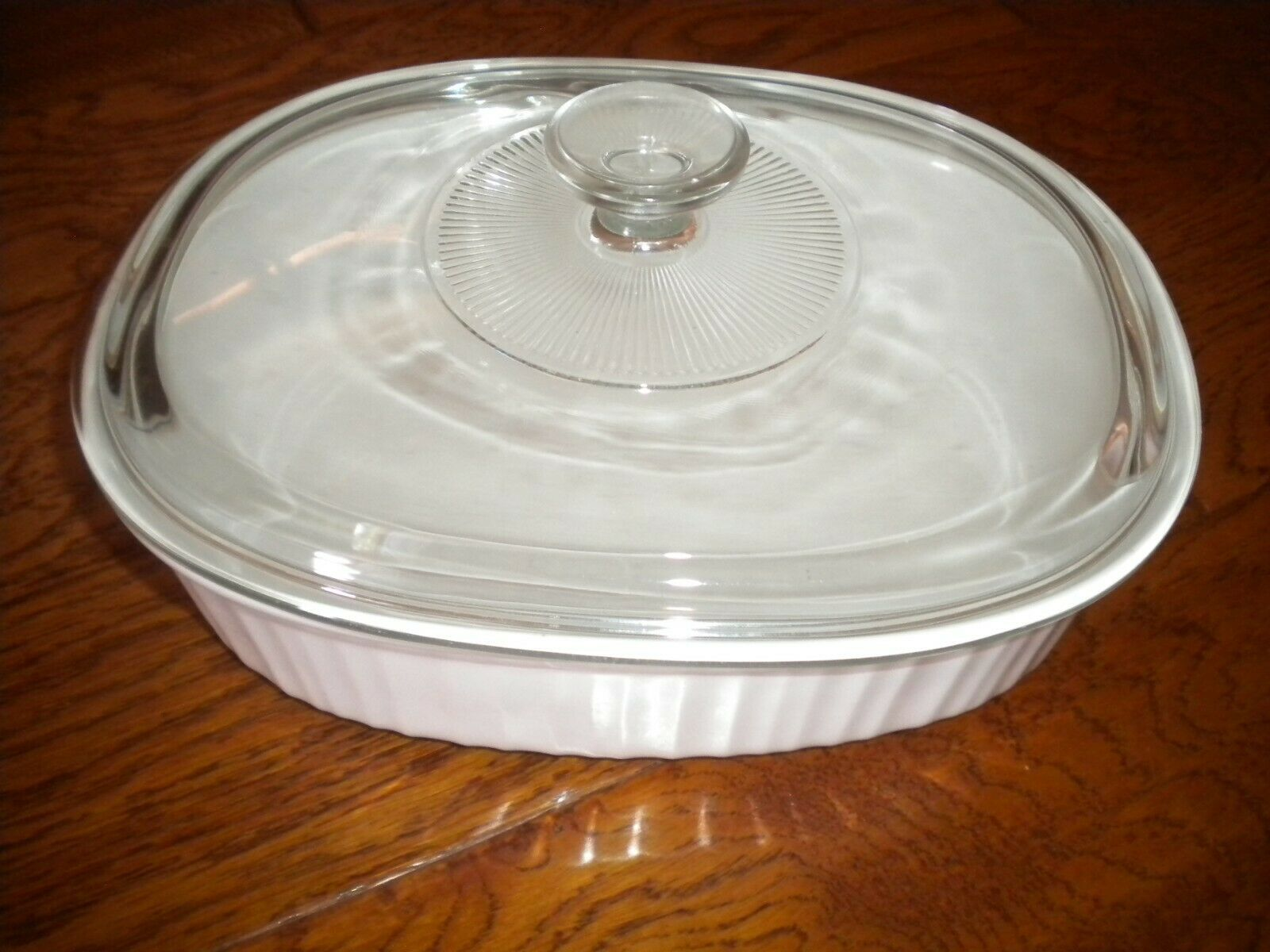 Corning Ware French White Stoneware 2 1/2qt Casserole Dish With Lid - $24.75