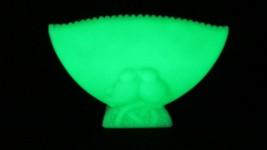 FENTON  GREEN  SATIN GLASS VASE LOVE BIRDS VASELINE GLASS FENTON LOGO - $51.48