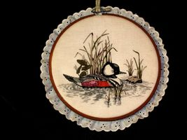 4 hanging embroidery images of ducks.AA19-1454 Vintage image 3