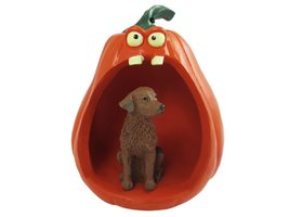 Chesapeake Bay Retriever Halloween Statue Figurine and Spooky Pumpkin - $24.99