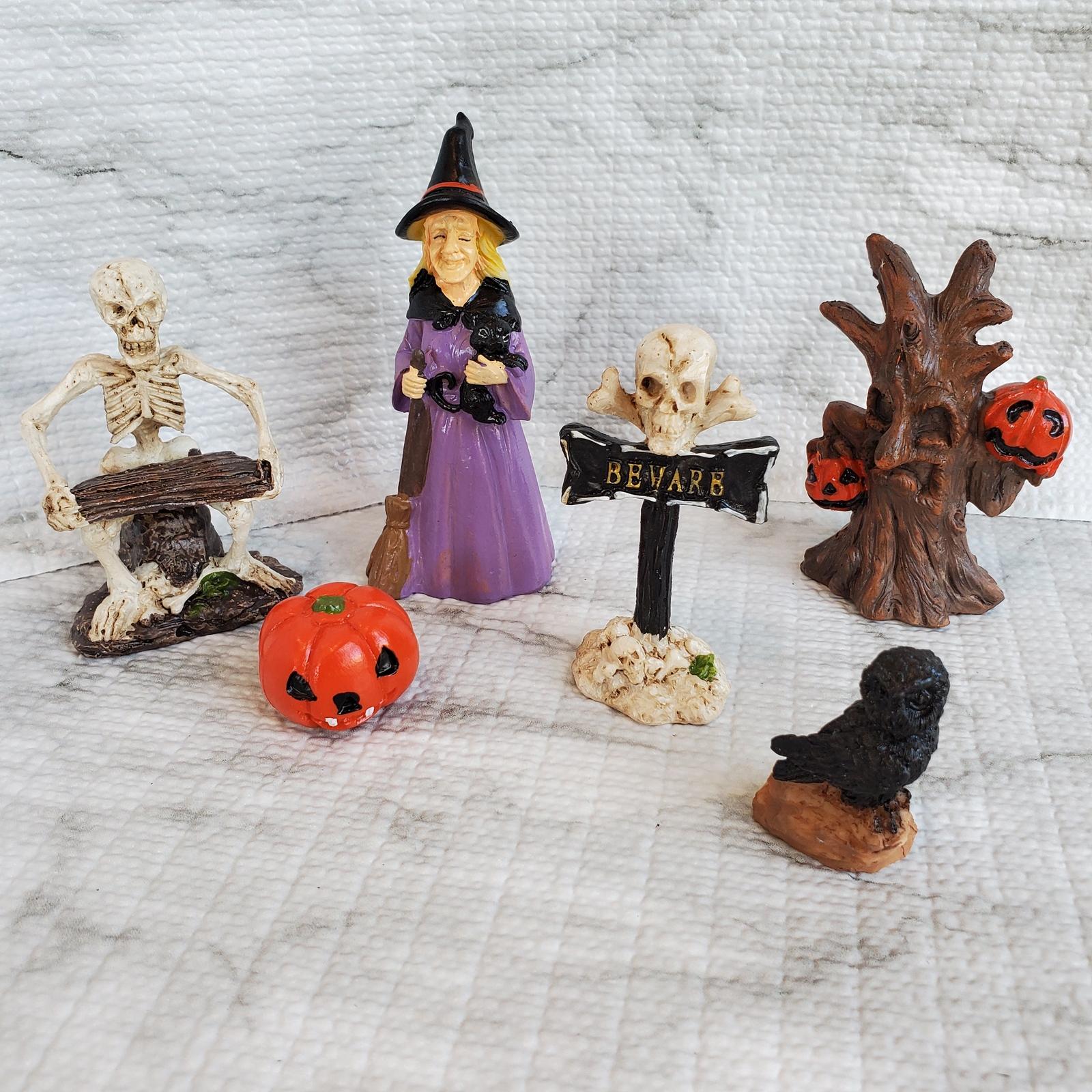 Halloweenvillage3 1
