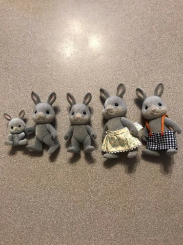 Primary image for Vtg Sylvanian Families Babblebrook? Grey Gray Rabbit Family Calico Critters lot