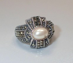 Estate Judith Jack Sterling Silver Marcasite & Oval Faux Pearl Ring Sz 7... - $42.06