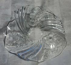"Mikasa Glass Bon Bon Bowl Plate 8 3/4"" Christmas Holiday Candy Dish Platter - $18.99"