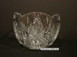 "Mikasa Christmas Tree 8"" Round Bowl - Clear, Cut Christmas Tree - $26.99"