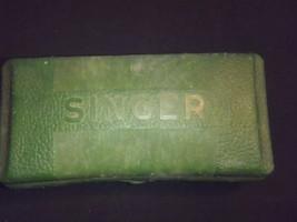 VINTAGE SINGER SEWING MACHINE  BUTTONHOLER & TEMPLATES - $37.39