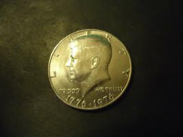 1976 BI-CENTENNIAL <<<  KENNEDY HALF DOLLAR COIN - $2.97