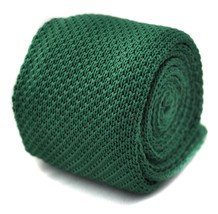 Frederick Thomas plain green knitted tie with pointed end 8cm