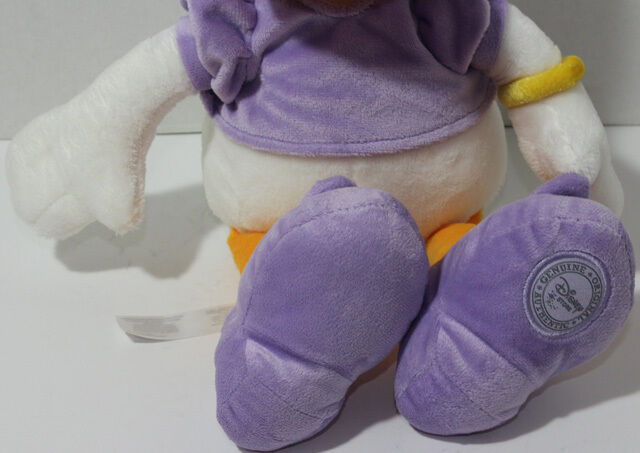 Disney Store Exclusive DAISY IN PURPLE SHIRT OUTFIT AND BOW Stuffed Plush TOY