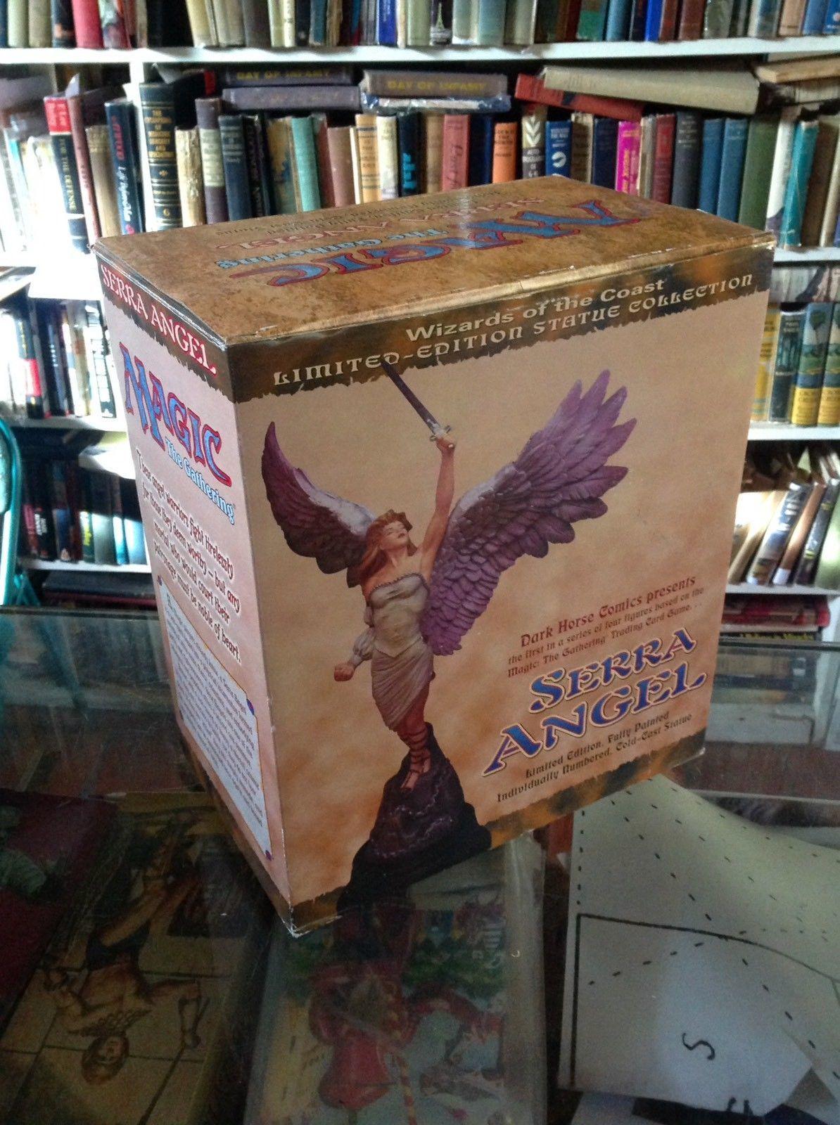 Serra Angel Statue Magic The Gathering Dark Horse Comics #39/5000