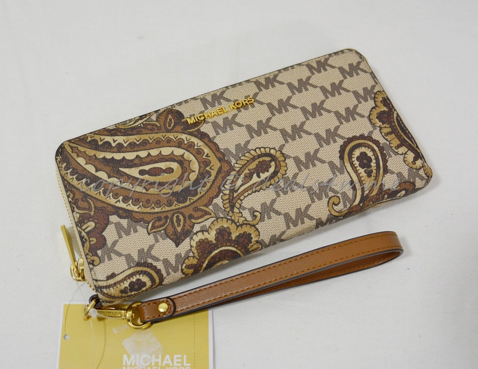 adbcadc40397 S l1600. S l1600. Previous. NWT Michael Kors Paisley Jet Set Travel  Continental Wallet / Wristlet in Luggage