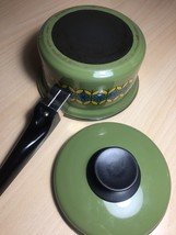 Vintage 70s Enamelware Pot and Lid - MCM Green with Blue & Yellow Flowers image 5