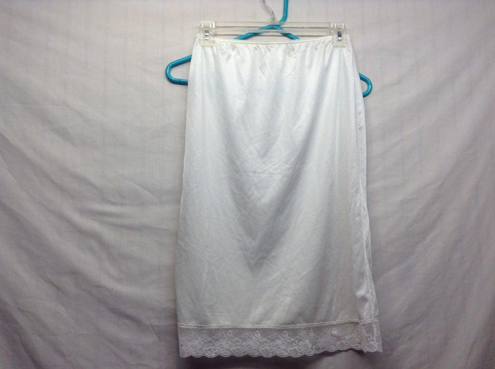 Mardor Off-White Slip Sz Small