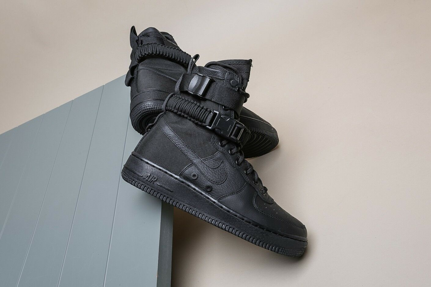 wholesale dealer 3e24f b58f3 Nike SF AF1 Special Field Air Force One 1 Triple Black 864024-003 Sneaker