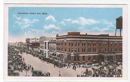 Broadway Crowd Albert Lea Minnesota 1920c postcard - $6.93