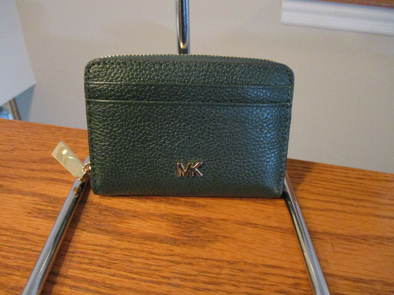 Primary image for Michael Kors Money Pieces Racing Green ZA Coin Card Case Leather NWT Receipt