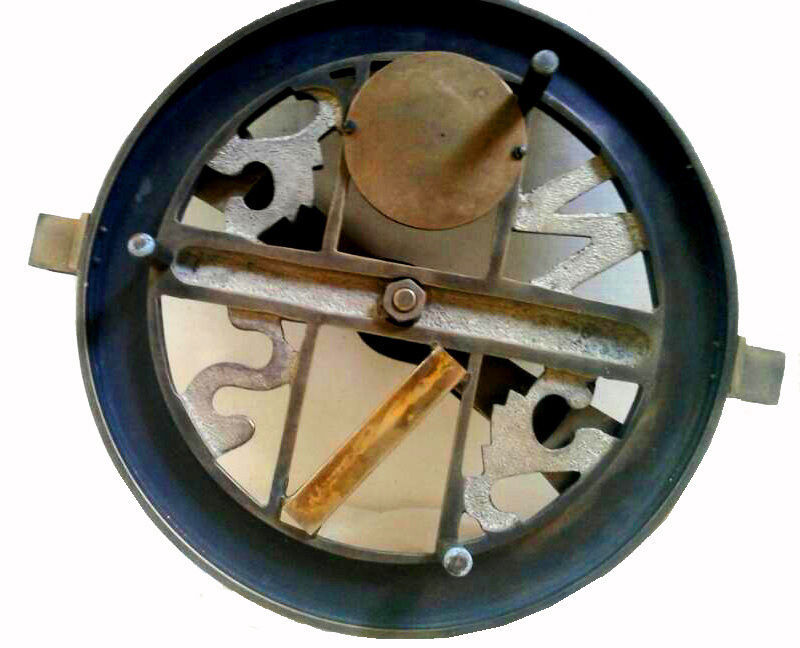ANTIQUATED BRASS SURVEYOR'S CIRCUMFERENTOR COMPASS. VINTAGE SCIENCE INSTRUMENT