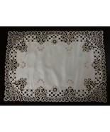 """1 Pcs 16x45"""" Rectangle Beige Polyester Embroidered Cutwork Placemat ELN06 - $28.17"""