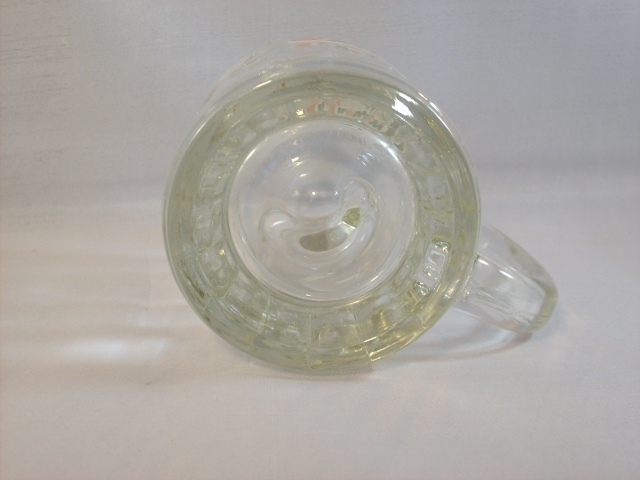 A & W MUG - SMALL SIZE - EXCELLENT VINTAGE CONDITION!