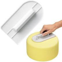 1 Pc  Plastic Cake Cream Smooth Tool Bakeware Cooking Screeding Unit Wip... - ₨640.97 INR