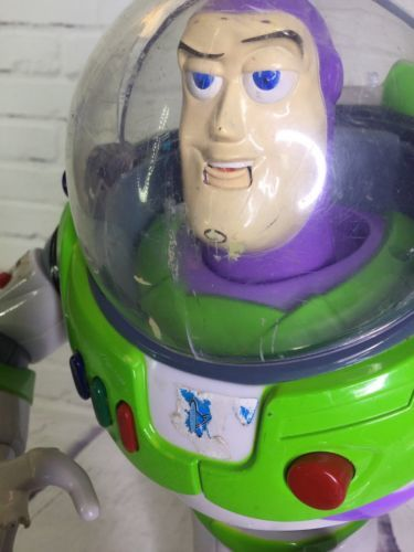 Disney Toy Story Ultimate Buzz Lightyear Talking Mouth Moving Action Figure READ