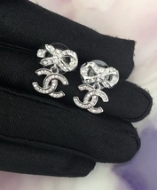 100% AUTH CHANEL 2018 Spring CC Crystal Bow Dangle Drop Earrings LIMITED EDT  image 3