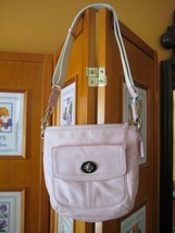 COACH Light Pink Leather Turn Lock Handbag Shoulder Bag Crossbody AUTH - $52.46