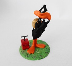Extremely Rare! Looney Tunes Daffy Duck with TNT Detinator Figurine Statue - $168.30