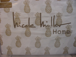 Nicole Miller Home Gold Pineapples on White Cotton Sheet Set King - $95.00