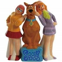 Scooby-Doo and Girls Velma and Daphne Ceramic Salt and Pepper Set, NEW U... - $26.11