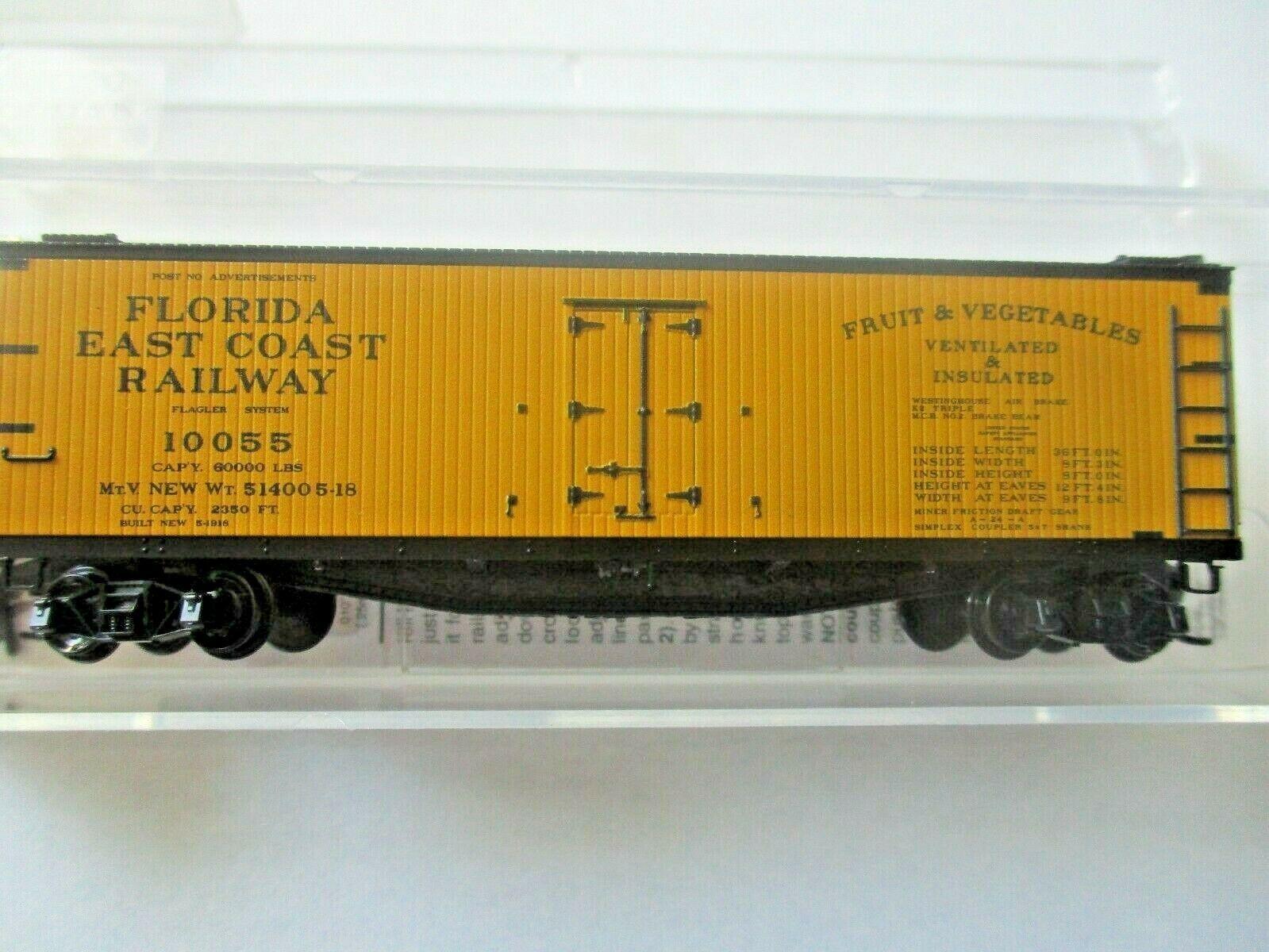 Micro-Trains # 04900900 Florida East Coast 40' Double-Sheathed Wood Reefer (N)