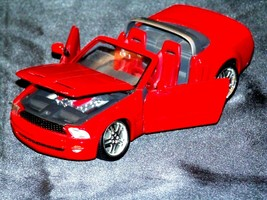 Die-Cast Ford Mustang GT Convertible Concept 1:24 Scale AA19-1449 Vintage