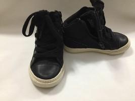 GAP Toddler Boys Black White Sneaker with Zipper on Side Size 8C - $12.00