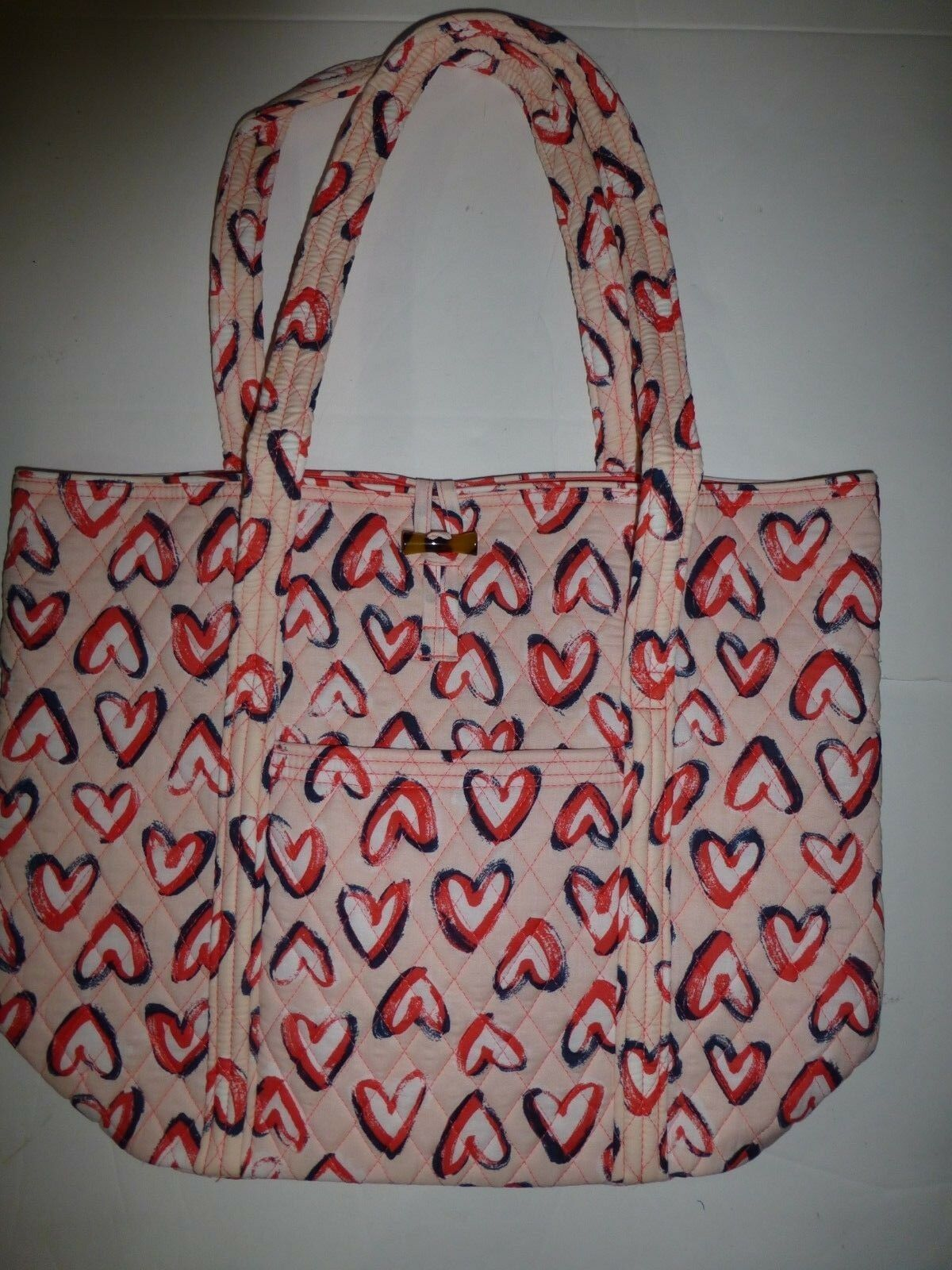 3a9954dcb0e3 Vera Bradley Hearts Pink Quilted Villager and 26 similar items. 57