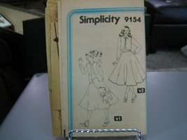 Simplicity 9154 Junior/Teen Circle Poodle Skirt & Vest Pattern - Size 11... - $5.93