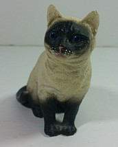 Vintage Siamese Cat Figurine 3in Tall Kitten Figurine Seal Point Home Decor - £12.03 GBP