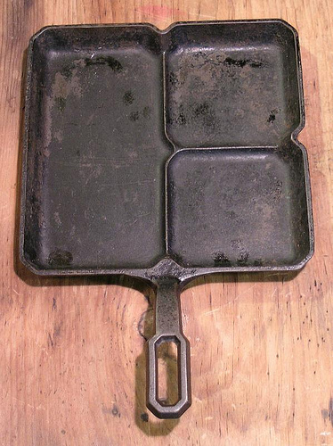 HTF ERIE GRISWOLD Colonial SQUARE 3 in 1 BREAKFAST Cast Iron  SKILLET 666