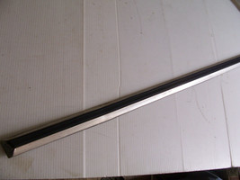1979 CONTINENTAL TOWNCAR LEFT FRONT  DOOR CENTER TRIM MOLDING OEM USED 1978 - $177.21