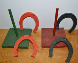 VINTAGE CHILDRENS HORSESHOES GAME WOOD & PLASTIC AUBURN? - $9.74