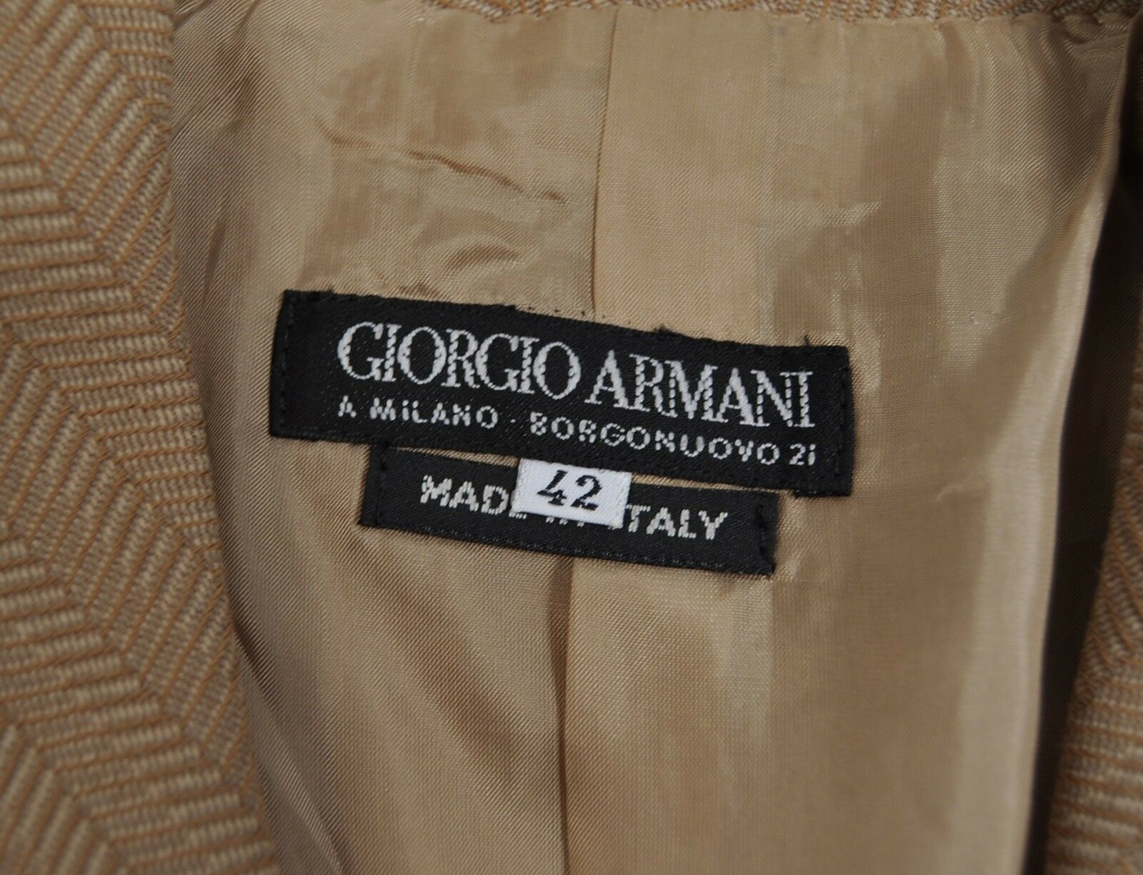 Giorgio Armani Black Label Herringbone Beige Jacket Pants Suit 42 Italy Womens