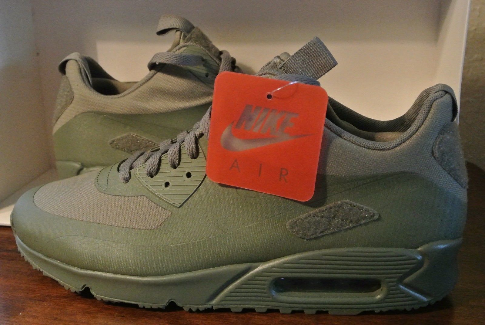 d330d0d248 NIKE AIR MAX 90 SNEAKERBOOT SP 'PATCHES' STEEL GREEN 704570 200 US Mens Sz  6.5