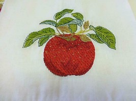 4 Fingertip Guest Towel Bathroom APPLE / LEMON Stitched Embroidered NEW in Bag image 2