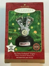 Hallmark Keepsake HARLEY DAVDISON Big Twin Evolution V2 Engine 2000 Ornament  - $14.99